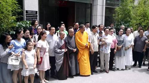圆霖大师国宝级精品在上海首展