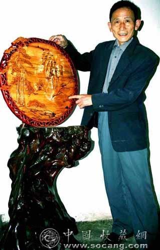 苗族艺术家向国庆献礼 浮雕木刻《秀》湘西(图)
